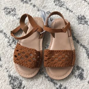 ☀️ Old Navy Brown Woven Sandals